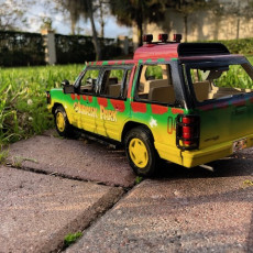 Picture of print of 1:18 JURASSIC PARK CAR FOR 3.75 INCH FIGURE NO SUPPORT