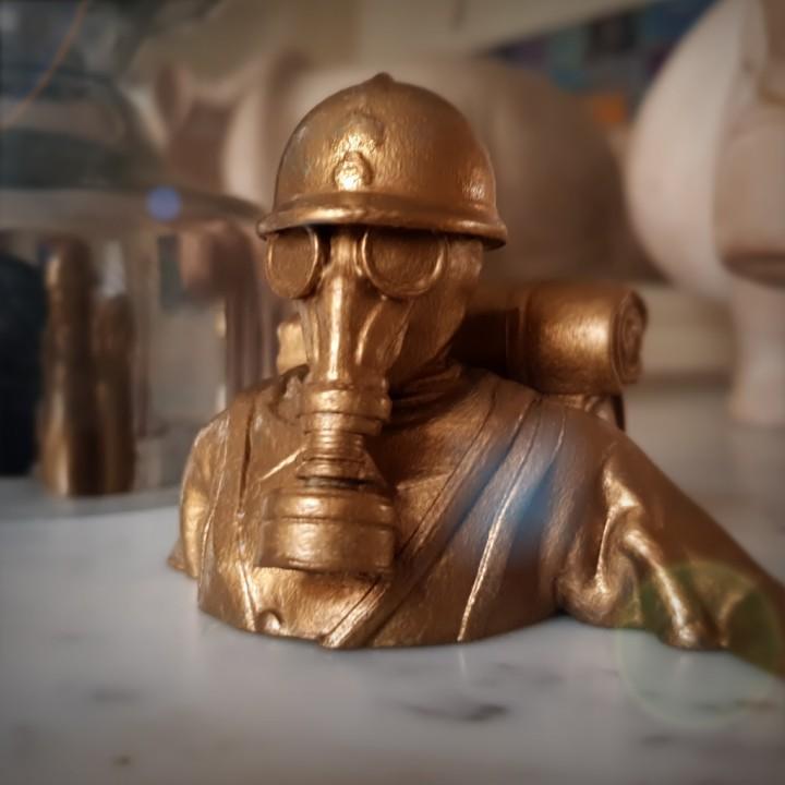 French soldier gaz