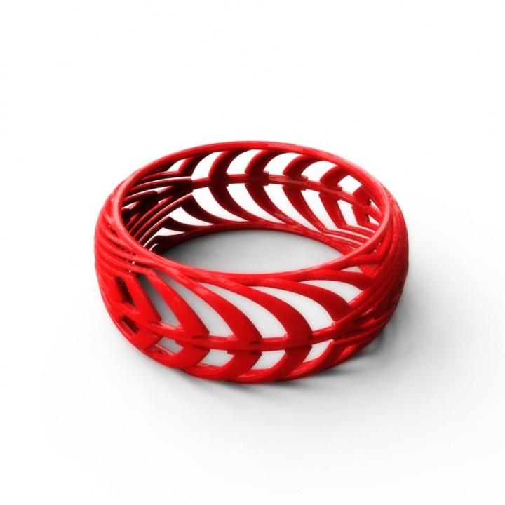 Curvis Bangle Geometric Design