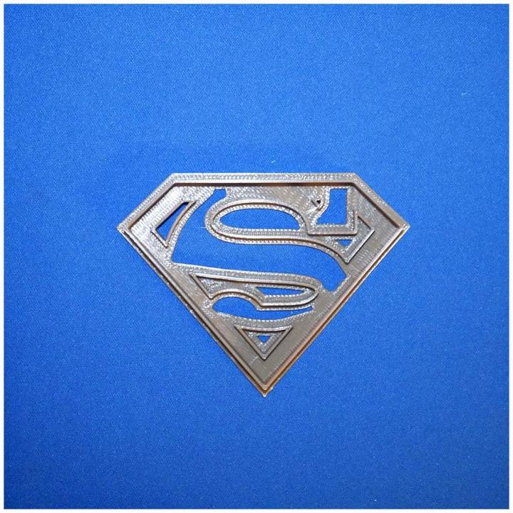 superman logo cookie cutter