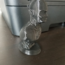 Picture of print of The Flash bust Esta impresión fue cargada por Jose V