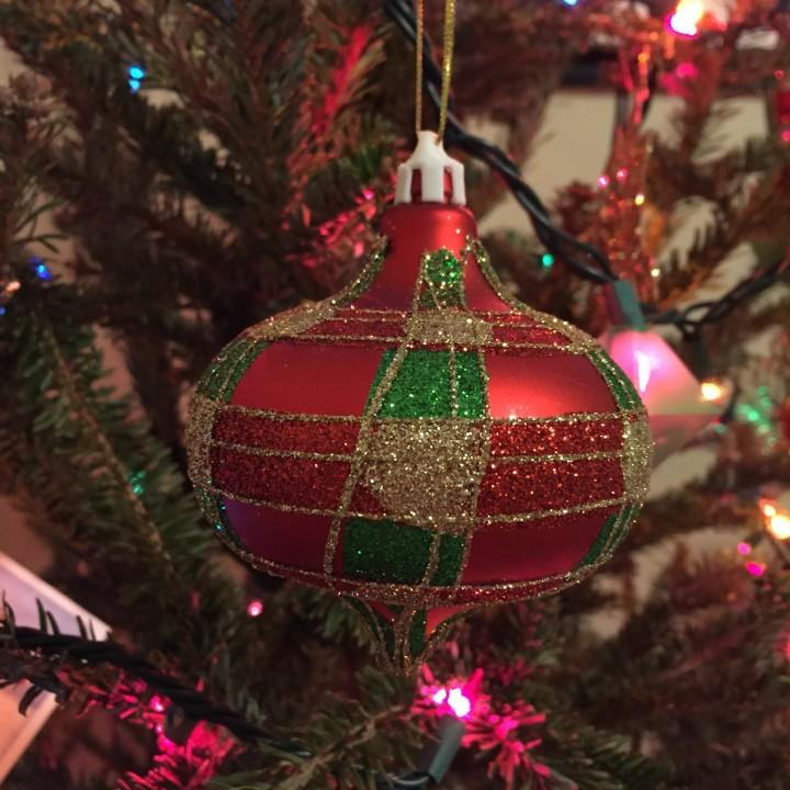 Ornament_ball_top