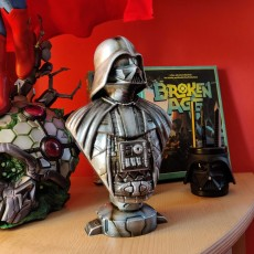 Picture of print of Darth Vader bust 这个打印已上传 Sascha Frenzer