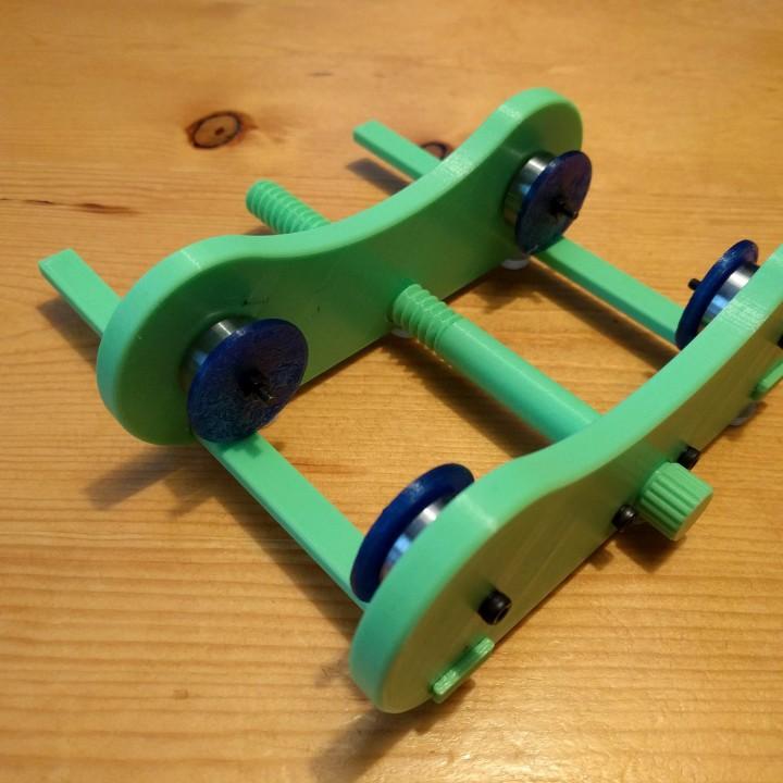 Adjustable Width Tabletop Filament Spool Holder