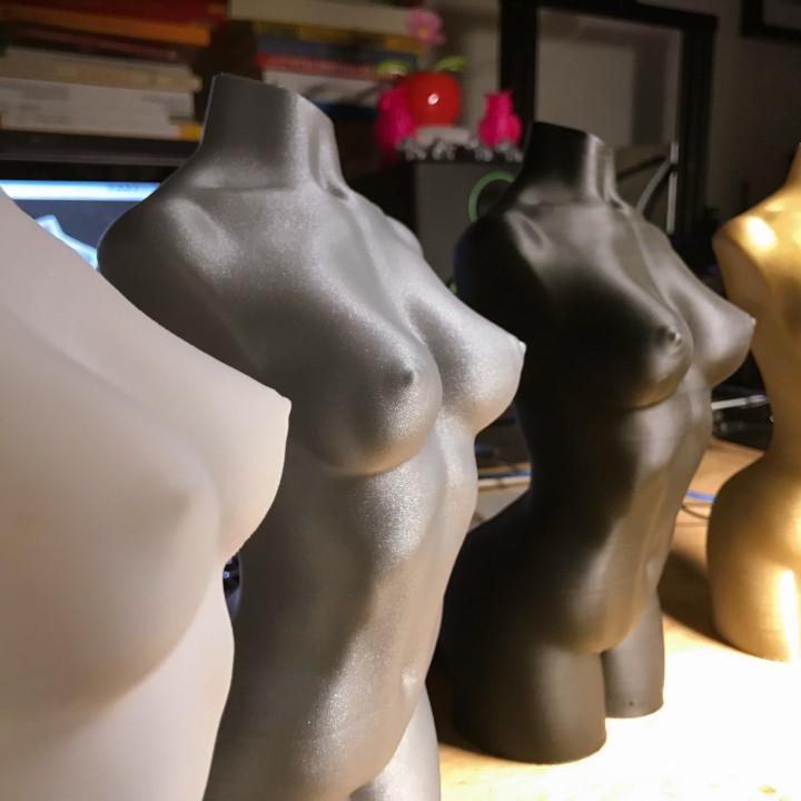 Woman body optimised for vase mode