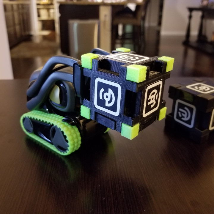 Anki Vector Dummy Cube box with magnetic lid