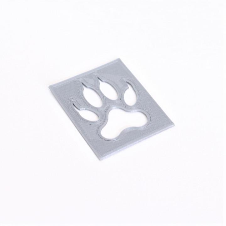 Wolf paw stencil