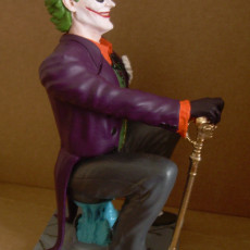 Picture of print of Joker statue
