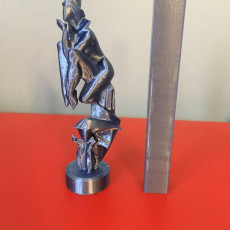"Picture of print of Bronze statue ""Smoke break"""