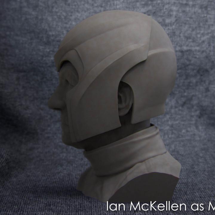Buste of Ian McKellen as Magneto Free