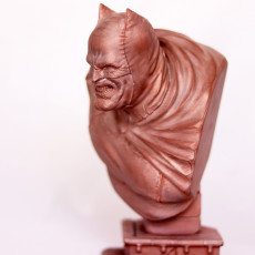 Picture of print of The Dark Knight bust Esta impresión fue cargada por Sean Aranda
