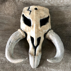 Picture of print of MINI MANDALORIAN SKULL.