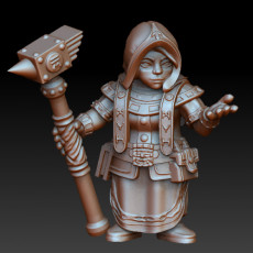 Dwarf woman rune mage