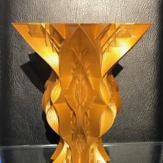 Maple twist vase