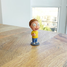 Tiny Morty: Thumbs up!