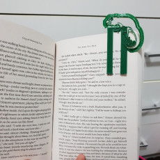 selfCAD chameleon  bookmark