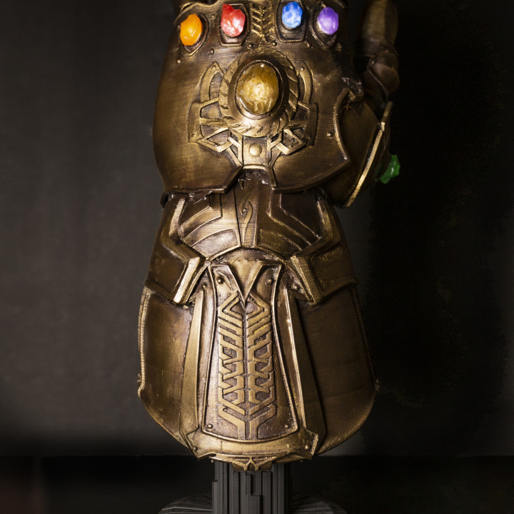 Base for Infinity Gauntlet