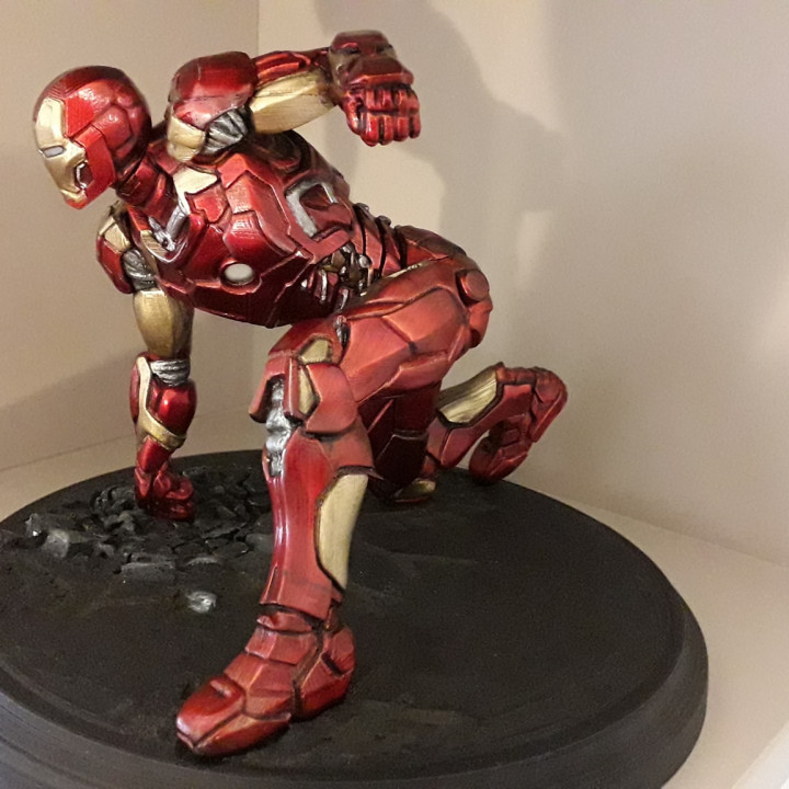 Iron Man MK43 - Super Hero Landing Pose - with lights - MINIMAL SUPPORTS EDITION