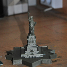 Picture of print of Statue Of Liberty (with Base) - 1:1000 / 1:700