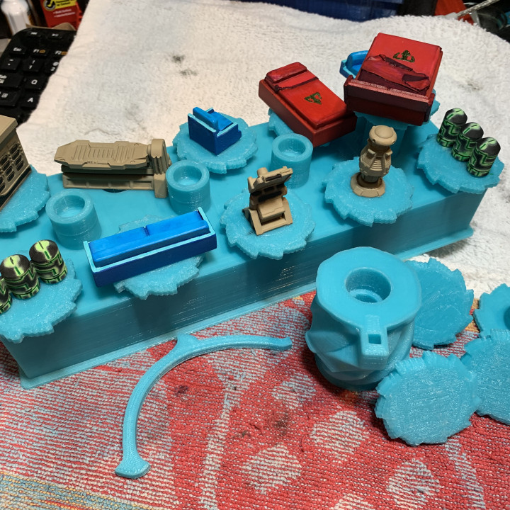 Rotating Miniature Paint Holder