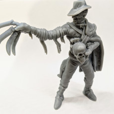 Picture of print of Dream Assassin - a fantasy reimagining of a modern horror villain (32mm scale miniature)