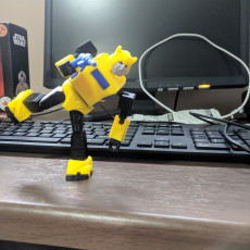 Picture of print of ARTICULATED G1 TRANSFORMERS BUMBLEBEE - NO SUPPORTS Dieser Druck wurde hochgeladen von Mark Coleman