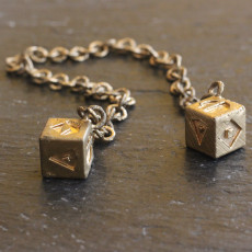 Star wars gold dice of han solo