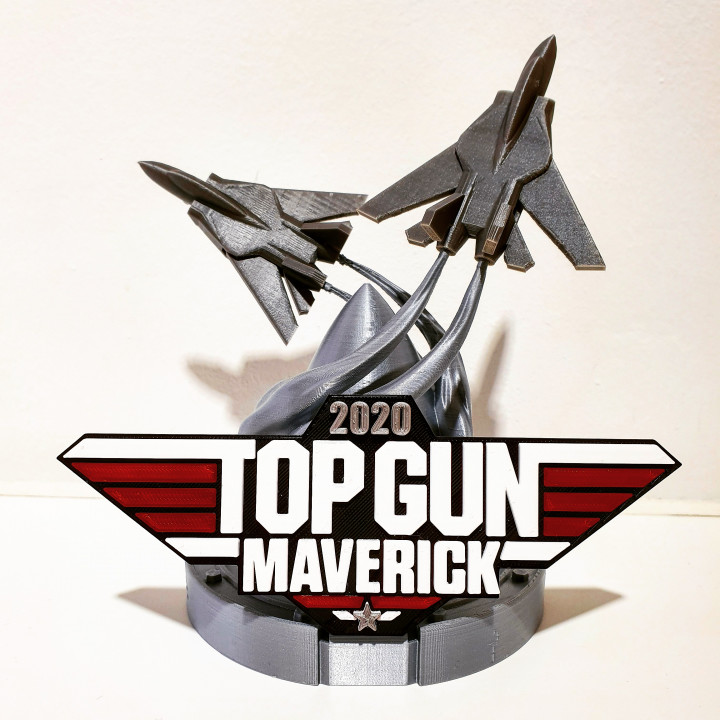 TOP GUN Tribute Stand