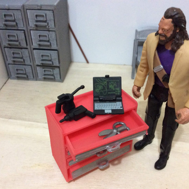 Rolling Toolchest (1:18 scale)