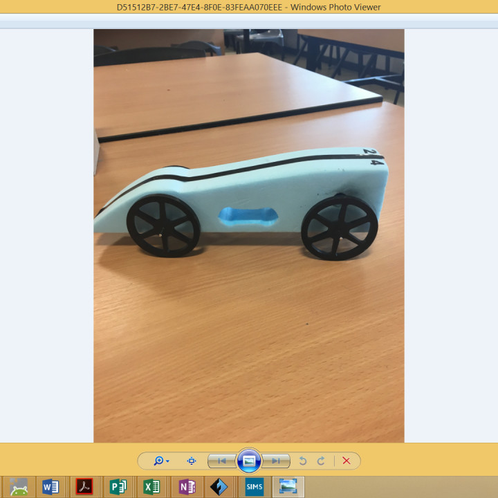 3D4KIDS exercise: Race for the Line Model Car Building/Testing