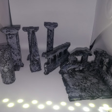Old timey smashed ruins, scatter terrain, tabletop gaming 28-32mm