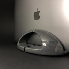 Vinovation Laptop Stand