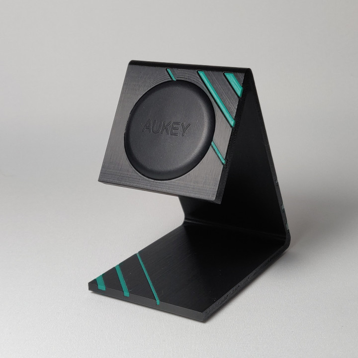 Phone magnet stand
