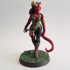 Picture of print of Female rogue tiefling