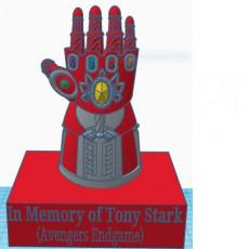 IronMan Infinity Gauntlet w/ stand!