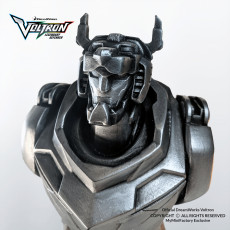 Official Dreamworks Voltron Legendary Defender ©