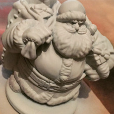 Picture of print of Dwarven Santa Miniature 这个打印已上传 Adam Barnsley