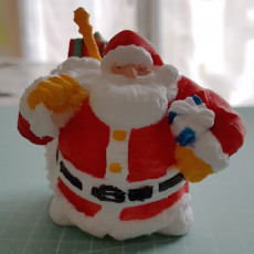 Picture of print of Dwarven Santa Miniature 这个打印已上传 michel m