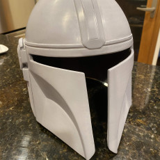 Picture of print of Mandalorian Helmet - v2 This print has been uploaded by Towle N
