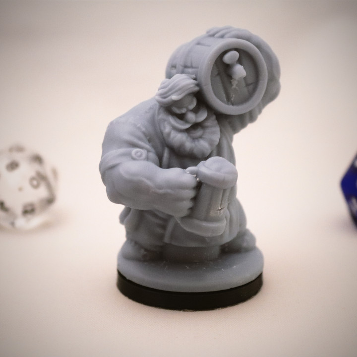 Dwarven Barkeep Miniature