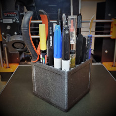 Zel's Perfect (ly Ridiculous) Pen and Tool Holder