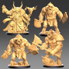 Minotaur Clan Heroes - 3 modular miniatures + 1 FREE exclusive miniature