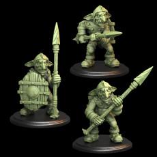 3x Goblins