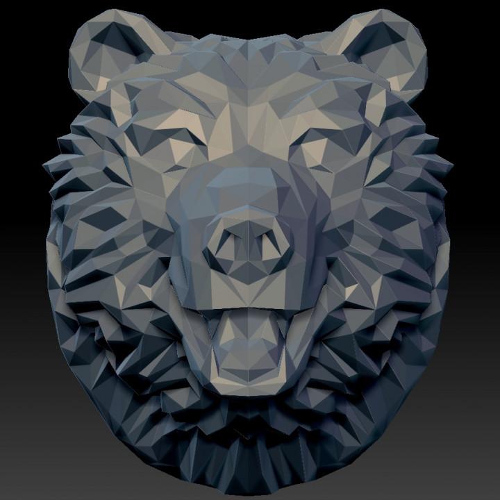Low poly bear head