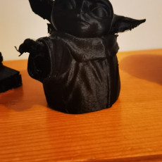 Picture of print of The child baby Yoda Treesupports