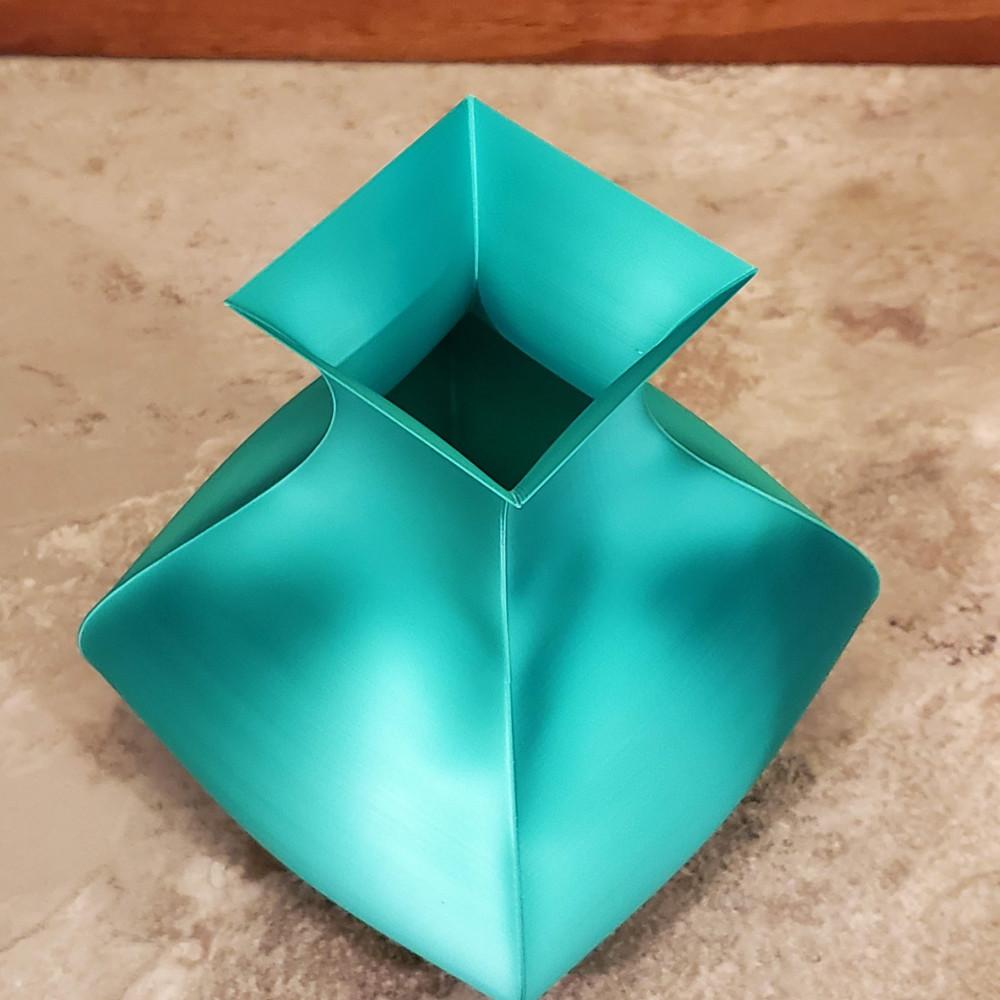 1000x1000 mika3d pla silk emerald greentapered square top