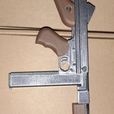 Picture of print of Thompson submachine gun M1A1 - scale 1/4