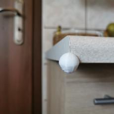 Corner ball