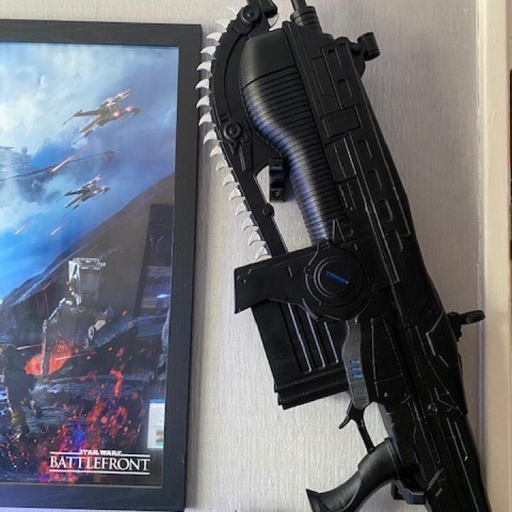 gears of wars lancer mk2 wall mount hooks