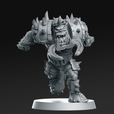 010 Orc Blitzer Fantasy Football 32mm